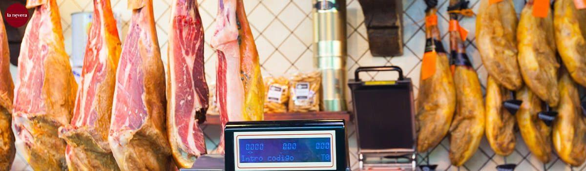 como se hace el jamon serrano español